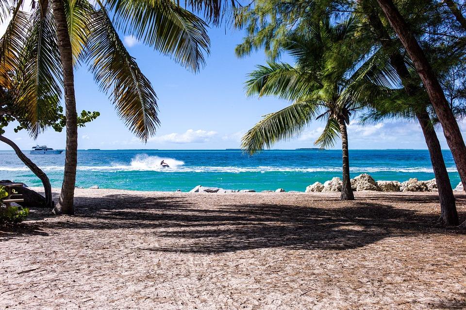 beach-1149146_960_720